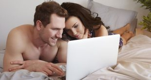 couple watch porn